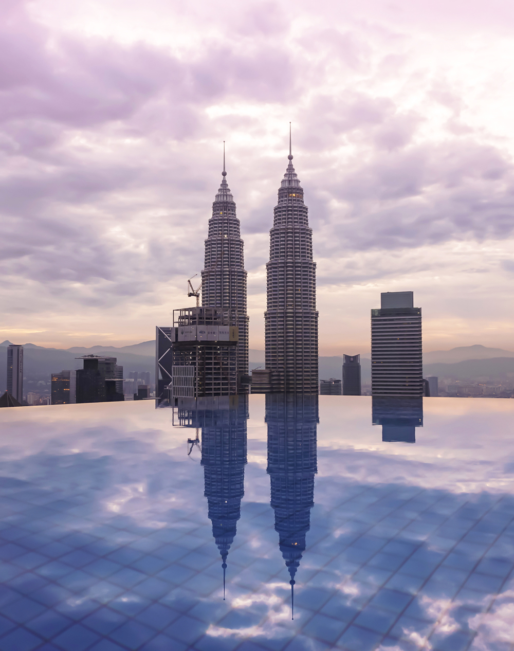 The Face Suites Kuala Lumpur Accommodation Infinity Pool