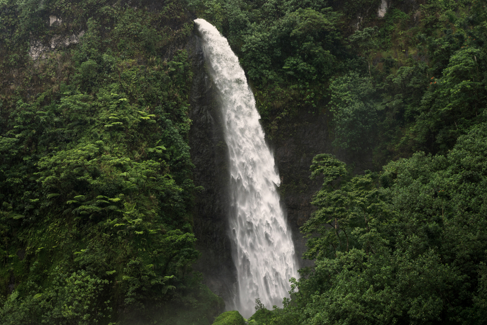 Travelling Tahiti, Things You Need To Know Papeete Waterfalls